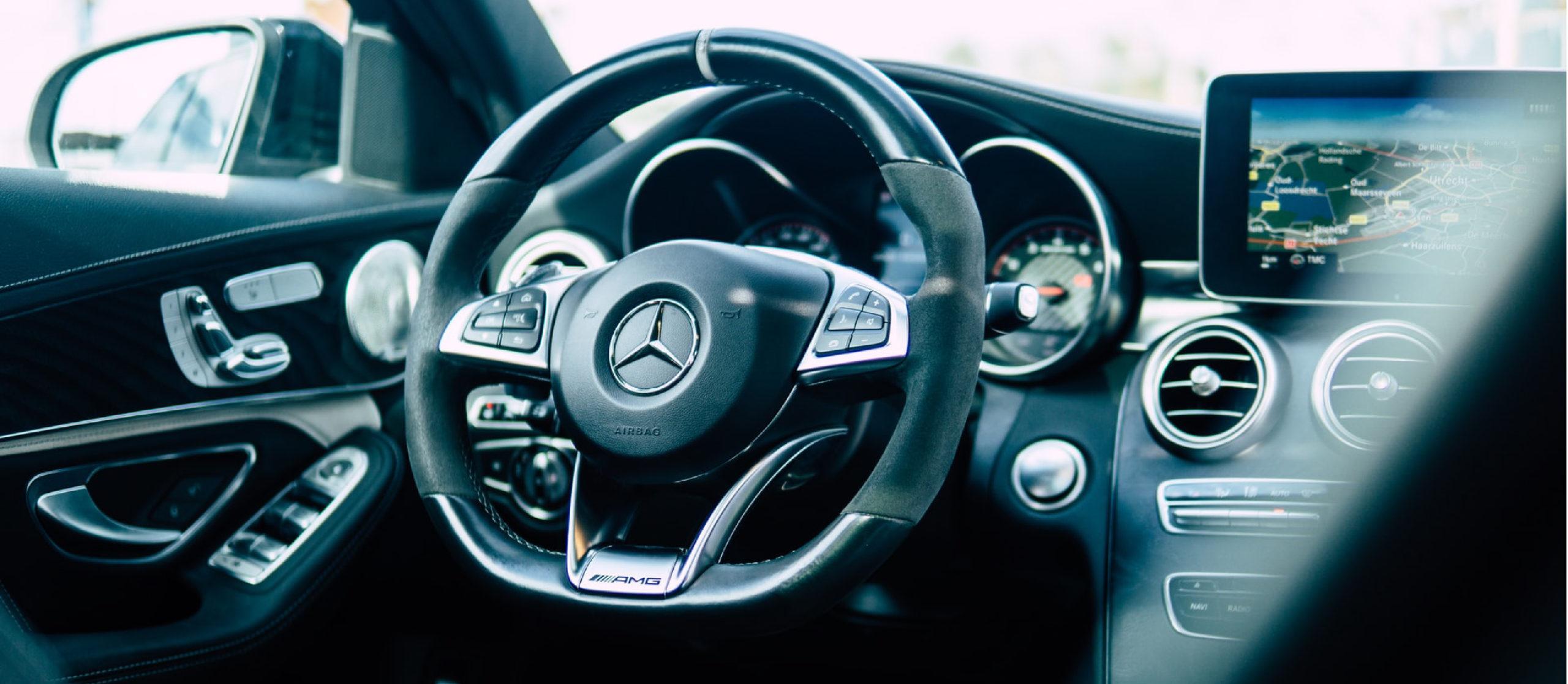 Mercedes head